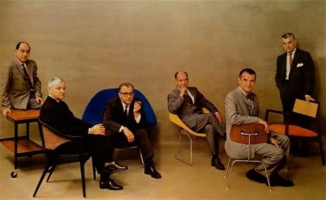¿Les reconoces? George Nelson, Edward Wormley, Eero Saarinen, Harry Bertoia, Charles Eames y Jens Risom
