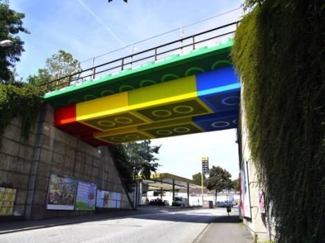 Lego-Bridge-537x402